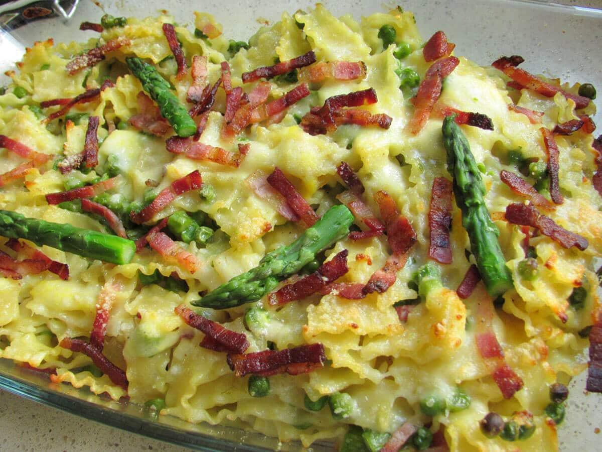 pasta al forno con asparagi e pancetta